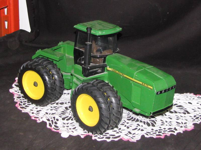 Metal Toy Tractors >> John Deere Metal Toy Tractor Coins Antiques Automotive