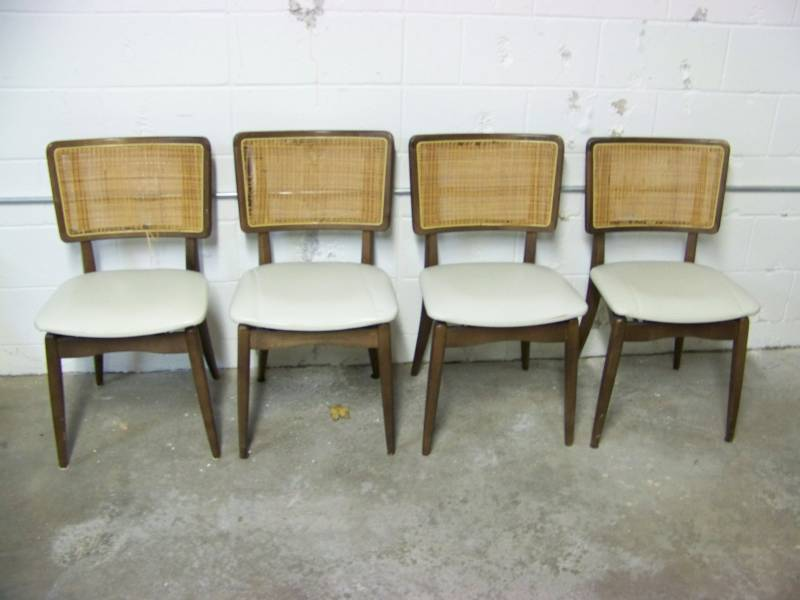 vintage stakmore folding table and 4 chair set card