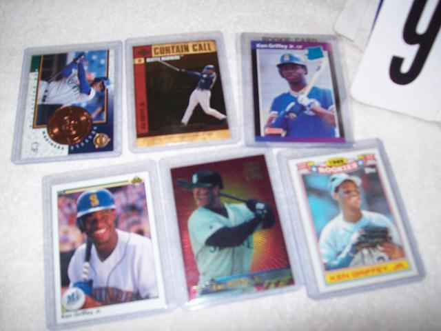 Lot Of 6 Ken Griffey Jr Baseball Cards Including A 1989