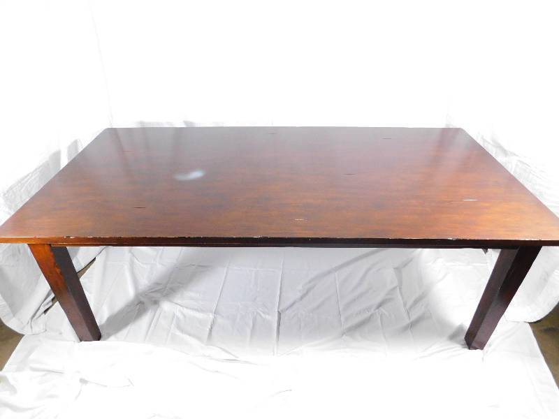 Pier 1 Imports Dining Room Table W/Cloth Table Runner ...