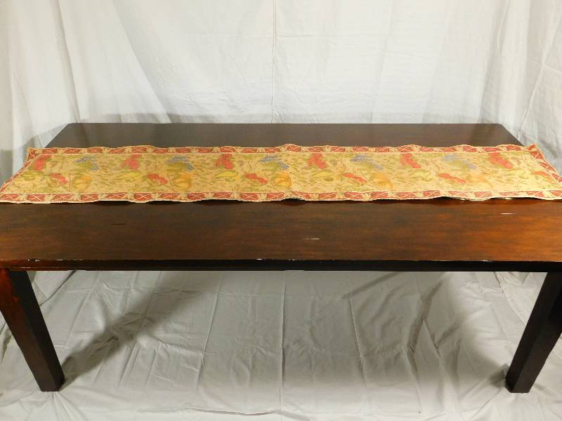 pier 1 imports dining room table w cloth table runner
