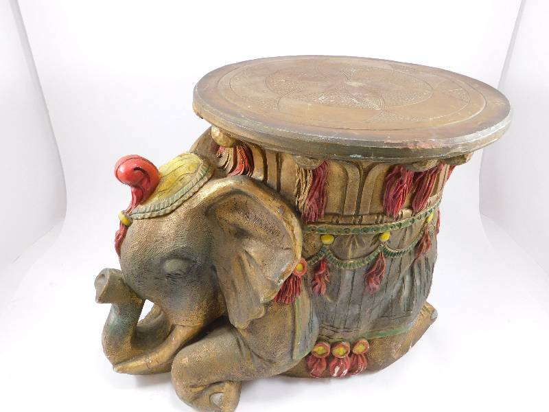 Charmant Ceramic Elephant Table/Decor | Pier 1 Imports, Comic Books, Misc. | K BID