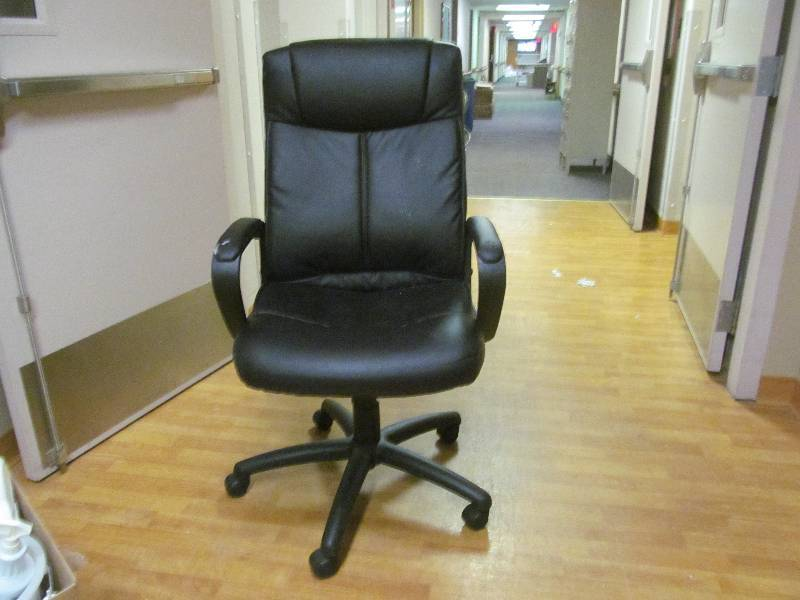 Office chair jax of benson sale 577 k bid for S f furniture willmar mn