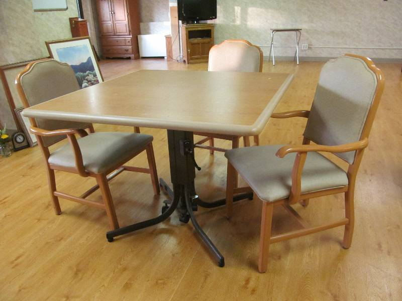 Table jax of benson sale 577 k bid for S f furniture willmar mn