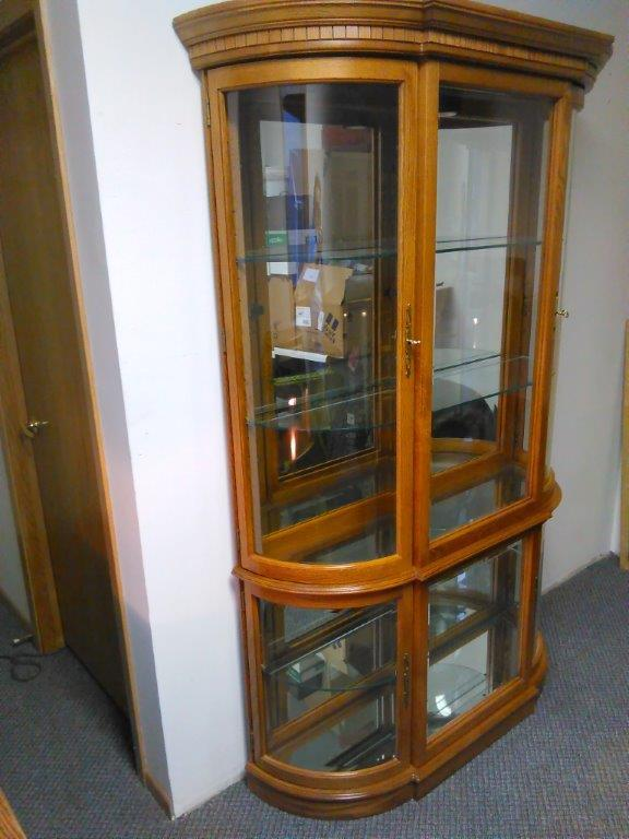 Oak Curio Cabinet Hutch Buffet Piece 80 In Tall X 48