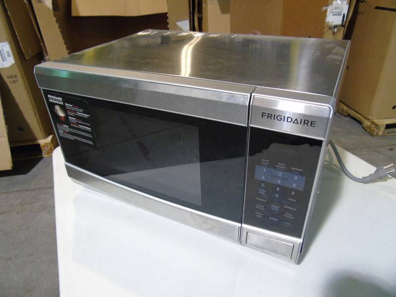 Frigidaire Spacewise Countertop Microwave - Used 142 - Warehouse ...
