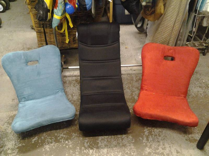3-Floor Rocker Chairs