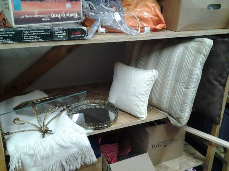 2-Throw Pillows, 1-Throw Blanket, Dresser Mirror Tray, Glass Wall Shelf, Mirror