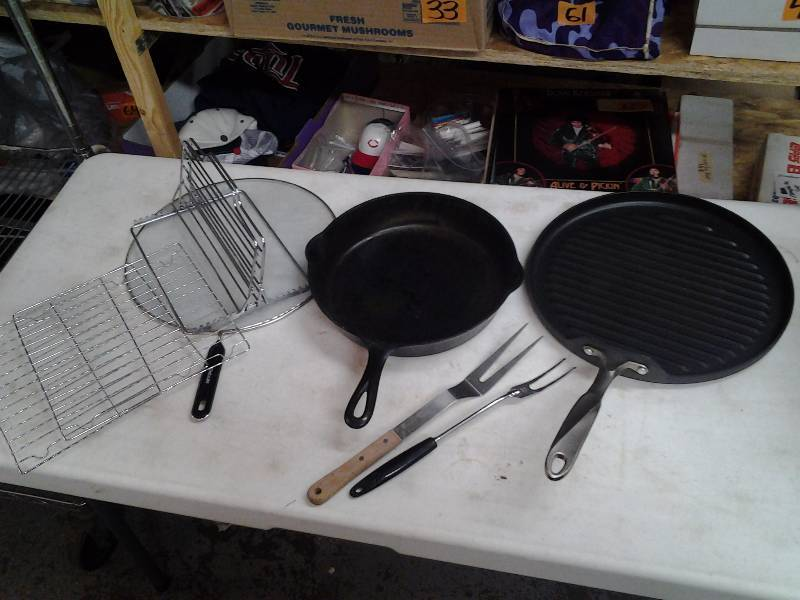 Cast Iron Pan, Large Griddle Skillet, Spatter Screen, Misc.