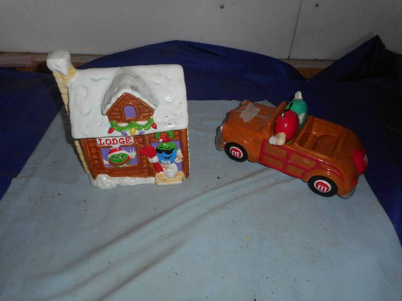 M AND M CAR AND COOKIE JAR