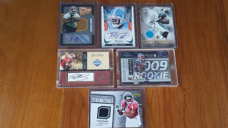 Group of 4 Autographed & 2 Jersey Rare Footnall Cards