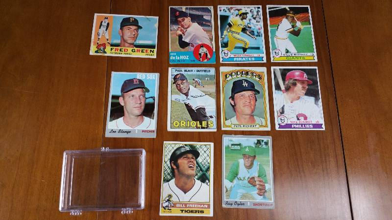 Group of 10 Vintage Baseball Cards