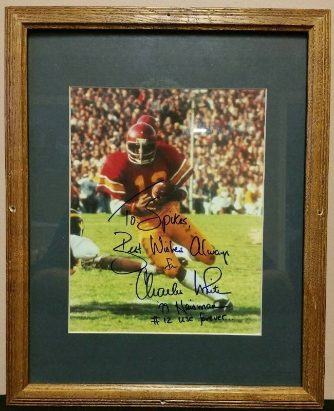 Charles White #12 Framed Matted Photo Signed 8x10 USC 1979 Heisman Browns Rams