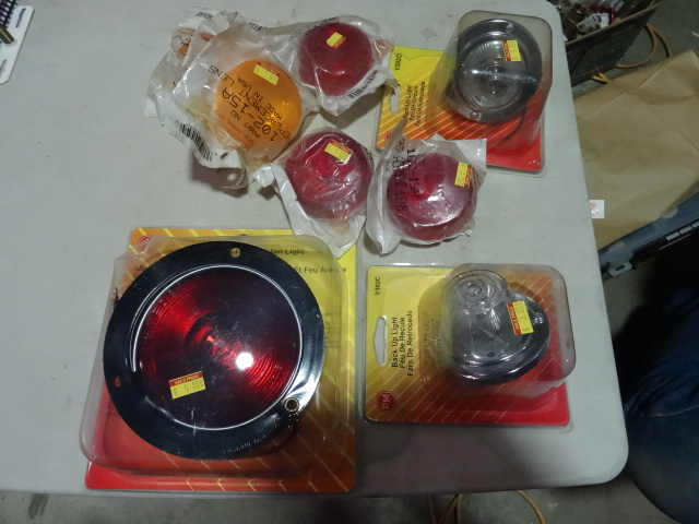NEW LOT Trailer Lights and Lenses