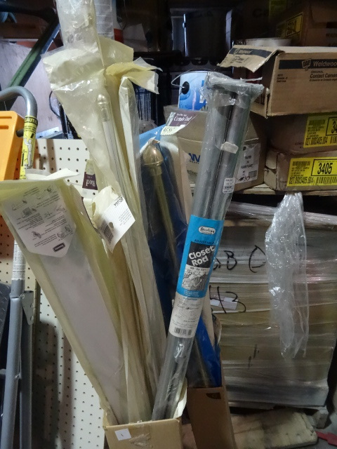 NEW LARGE LOT Curtain and Closet Rods. Approx 20 pcs