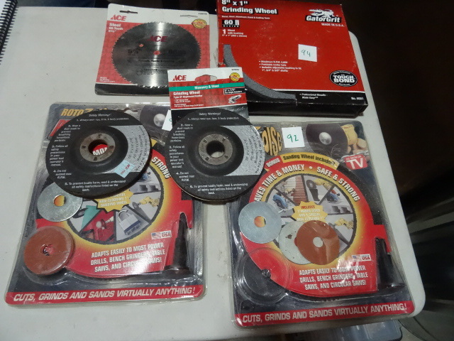 NEW LOT Cutoof and Grinding Wheels. 8X1 in Grinding Wheel, 2x 5.5 in Grinding Wheels and 2x Roto7 Drill Powered Cut/Grind/Sand wheel kits