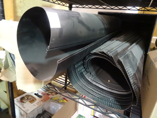 NEW LOT Single Wall Stove Pipe. Approix 20+ pcs. Black, Slightly bent