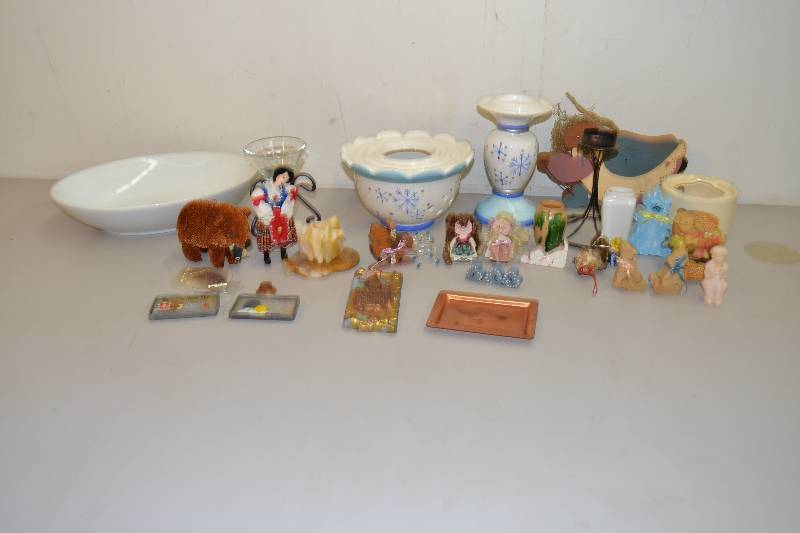 Home decor january auction 2 k bid for Home decorations for january
