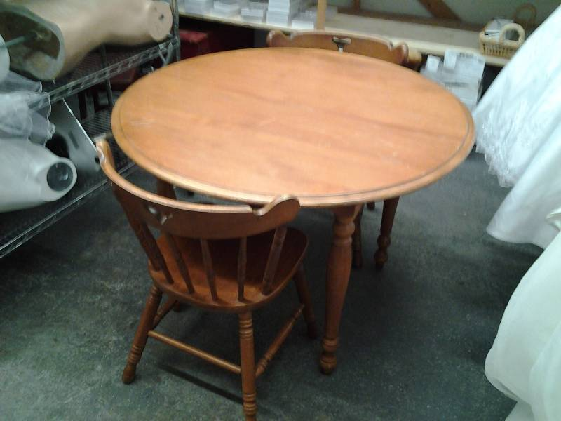 42 inch round wood kitchen dining table with 2 wood chairs for Round dining table 52 inch