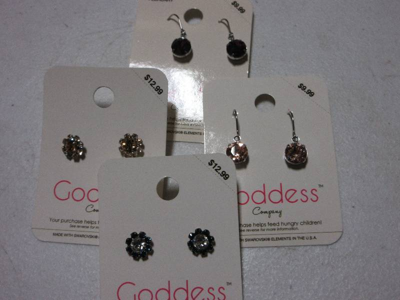 NEW LOT OF 4 PAIRS EARRINGS RETAIL VALUE 40 48 ONE FEBRUARY BIRTHSTONE