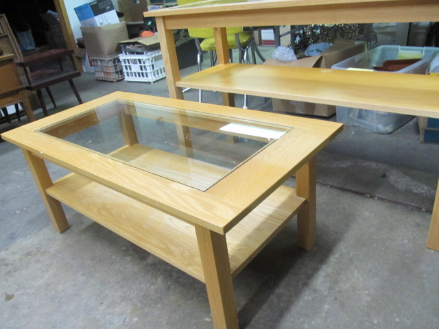 Matching solid wood glass coffee sofa tables little for Liquidation de sofa