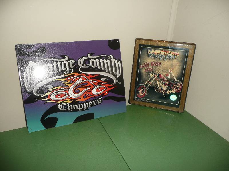 Orange County Choppers Clock & Sign