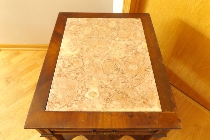 small antique granite top solid wood dove tail constructed end table ec 190 hastings estate. Black Bedroom Furniture Sets. Home Design Ideas