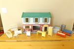 Vintage Wolverine Tin Litho Toy Doll House and Furniture