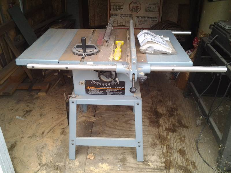 Delta 10 Inch Contractors Table Saw Model 34 444 With Manual