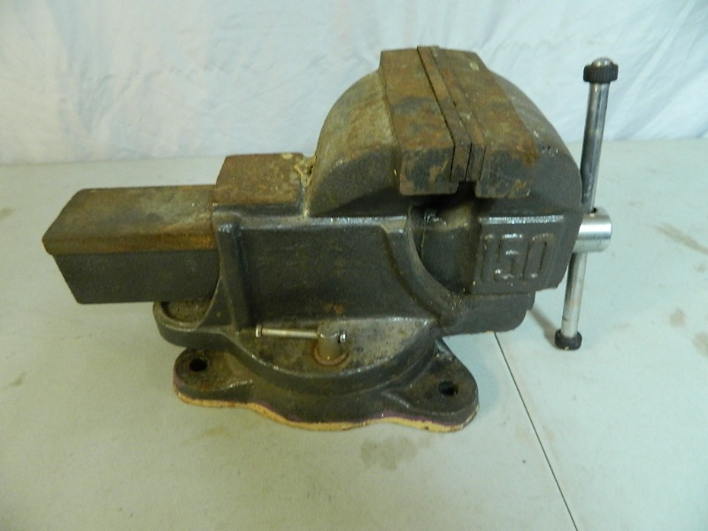 Large Bench Vise Tools Vintage Bose Electronics Collectibles