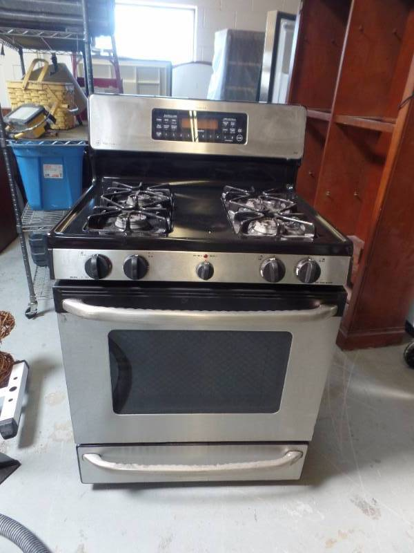 Spectra Xl44 Gas Stove With Oven