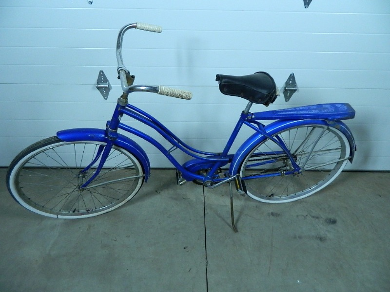 Vintage Huffy Bike | Jewelry, Tools, Household, Electronics