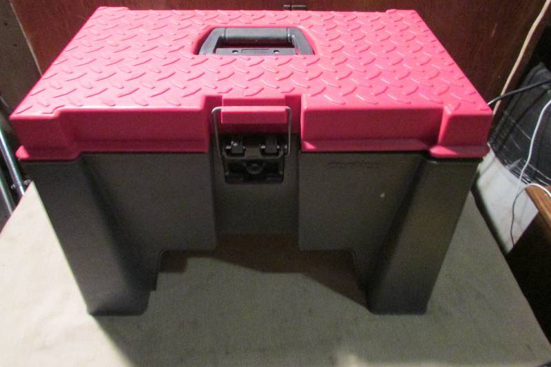 Step Stool W Tool Box Snap On Craftsman Lots Of Tools Industrial Sportscard