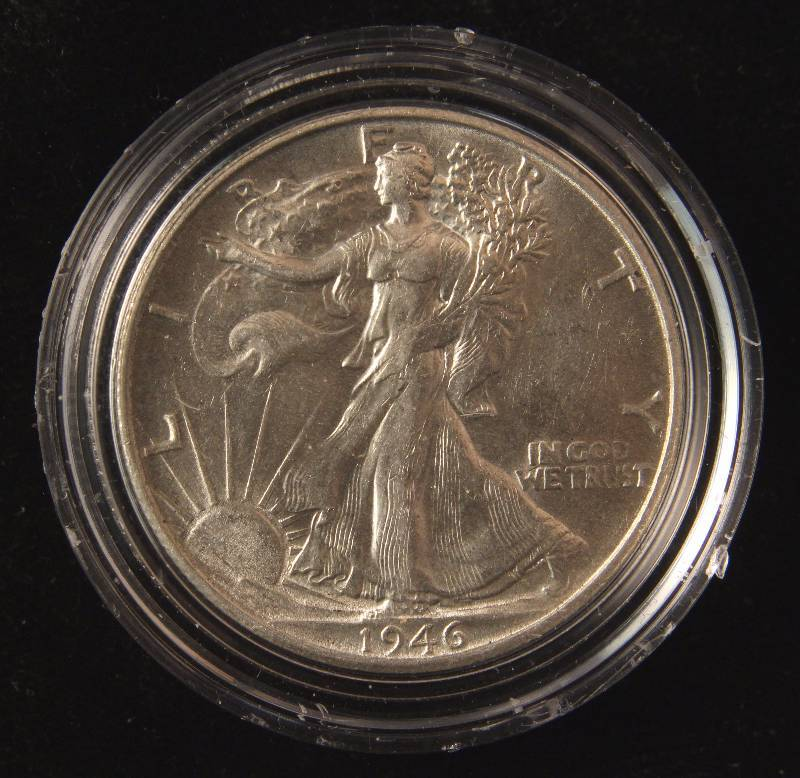 1946 WALKING LIBERTY SILVER HALF DOLLAR AU58 IN AIRTITE HOLDER