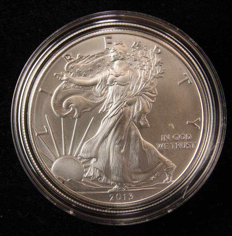 2013 AMERICAN SILVER EAGLE 1 TROY OZ. .999 FINE SILVER DOLLAR IN AIRTITE CAPSULE