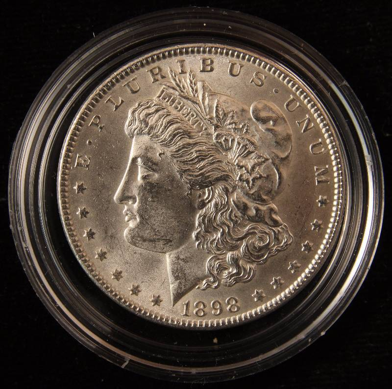 1898 MORGAN SILVER DOLLAR UNC IN AIRTITE HOLDER