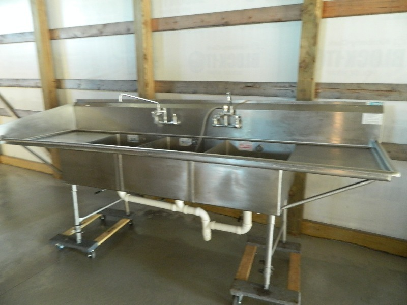 Load King 3 Well Stainless Steel Sink | Restaurant, Bar, Bakery, Ovens,  Slicers, Sinks, Mixer, Prep Tables | K BID