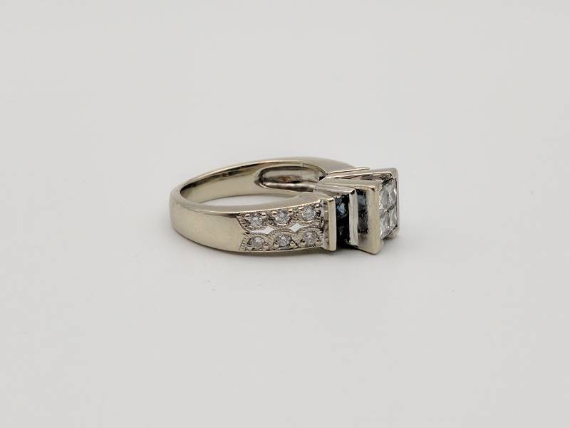 princess cut diamond and sapphire engagement ring 14k