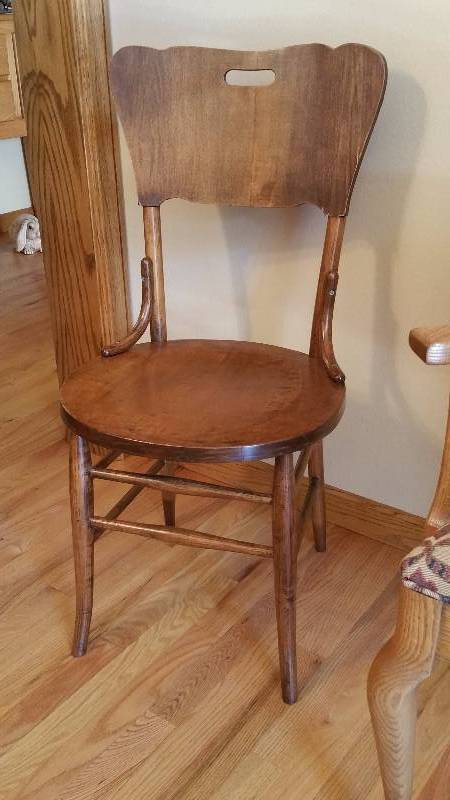 Antique wood chair high end st cloud moving auction