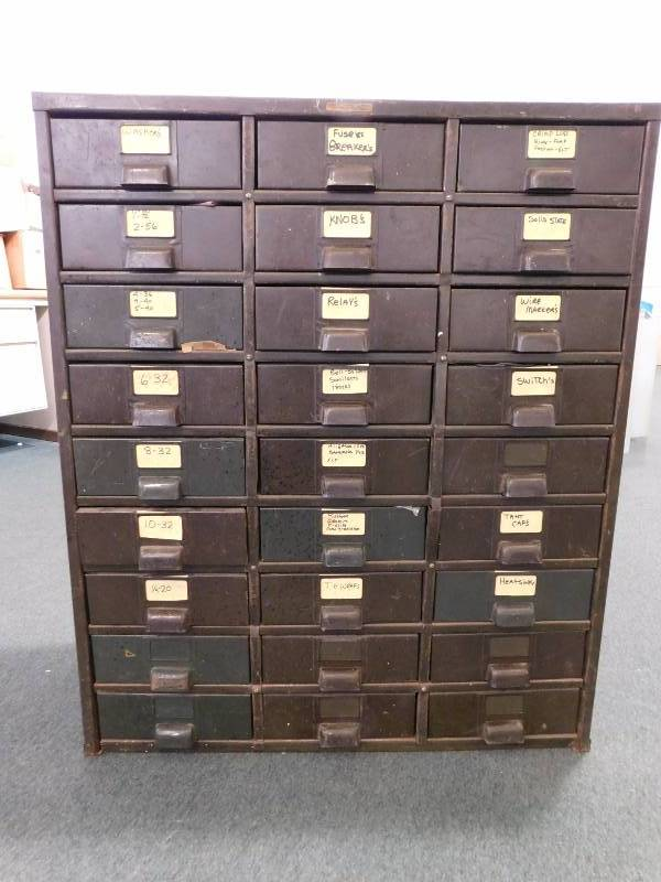 Merveilleux Hobart Cabinet Co. Metal Storage Unit W/ Contents ...