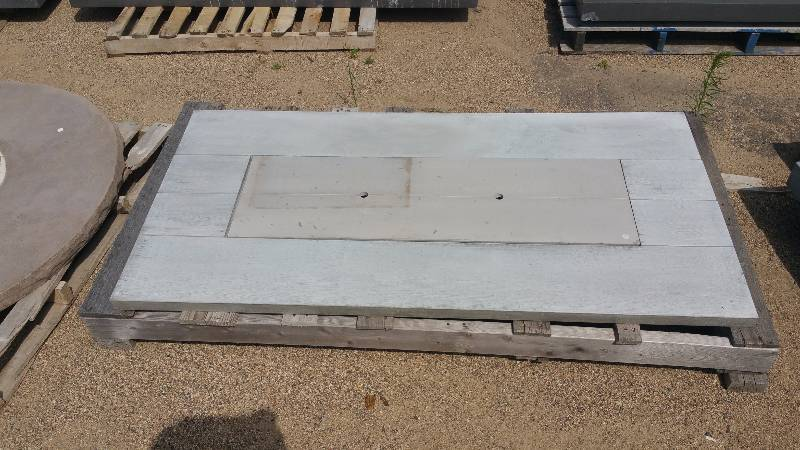 Rectangle Wood Grain Concrete Tabletop W/ Insert | Outdoor Patio U0026 Garden  Concrete Auction + Industrial Ceiling Lights, Pallets, 55 Gallon Drums, And  More!