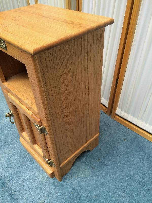 Vintage Oak White Clad Ice Box End Table Night Stand Antique Style Furniture Living Room Kitchen