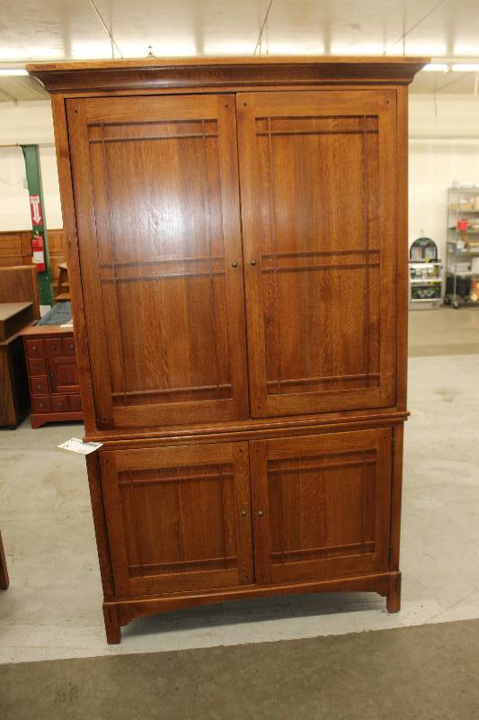 Lexington Furniture Industries An Arts And Crafts Collection From Bob Timberlake 4 Door Wood Entertainment Center 2 Pieces Maple Plain