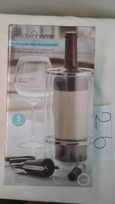 Modern Home Wine Accessory Kit