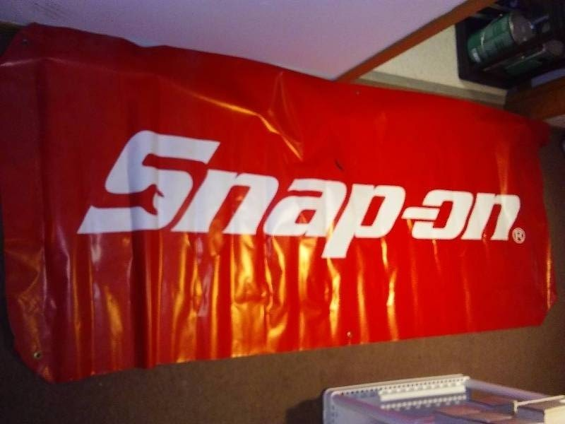 SNAP-ON Vinyl Banners w/ Grommets