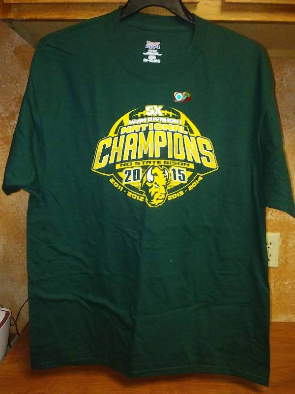 NEW NDSU BISON NCAA Football T Tee shirt XL