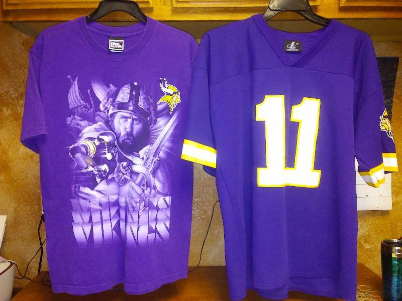 2 MN Vikings shirts - Medium, XL