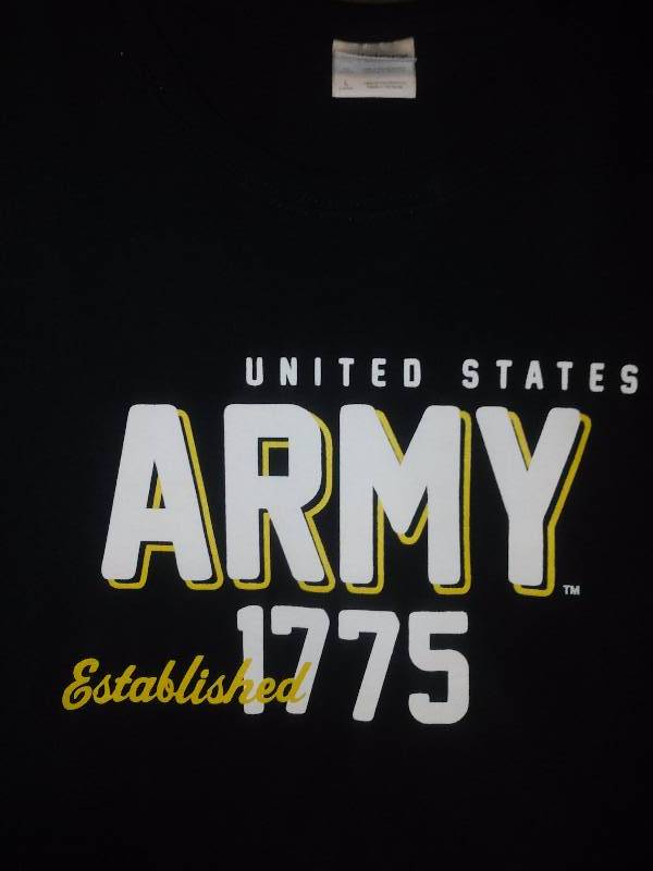 2 NEW US Army Tee T shirts Womens Large