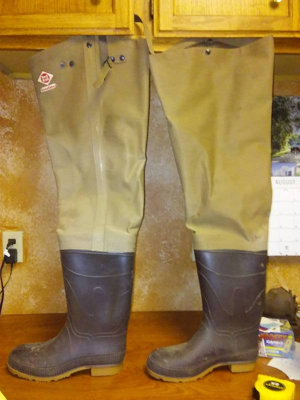 Skinny Man in Cupboard Thigh Waders