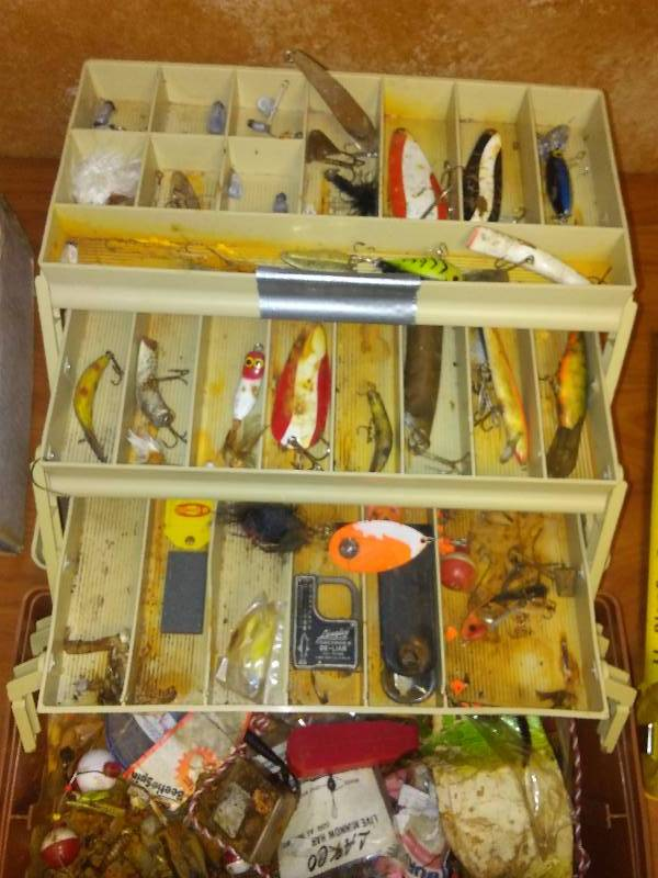 Plano Tackle Box, Model 6303